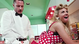 Kayla Kayden and Danny Mountain spice morning in kitchen