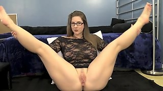Girl With Very Sexy Legs Webcam