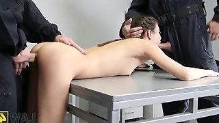 Law4k. sexy dealer cindy shine gets double penetrated