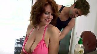 Hotness Bitch Mommy Hardcore Porn Video