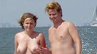 Jerk off challenge to the beat - Nudist Couples