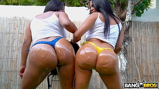 Latina whores share chunky piece in excellent XXX