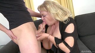 Heavy mature gets say no to dose of dick from the nephew