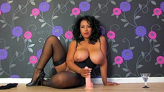 Insulting wife Danica Collins teaches how she pleasures a large dick