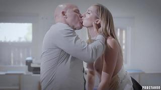 Obscene guy with inked body Derrick Pierce fucks super hot busty housewife